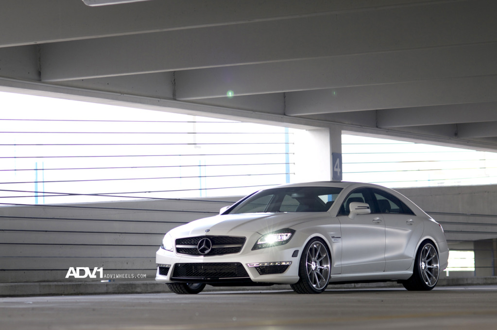 Mercedes CLS 63 AMG с дисками ADV10 Track Spec Superlight