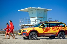 Volvo XC 70 Surf Rescue