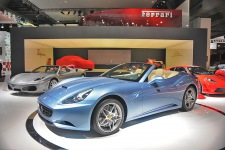Париж 2008: Ferrari California 2009