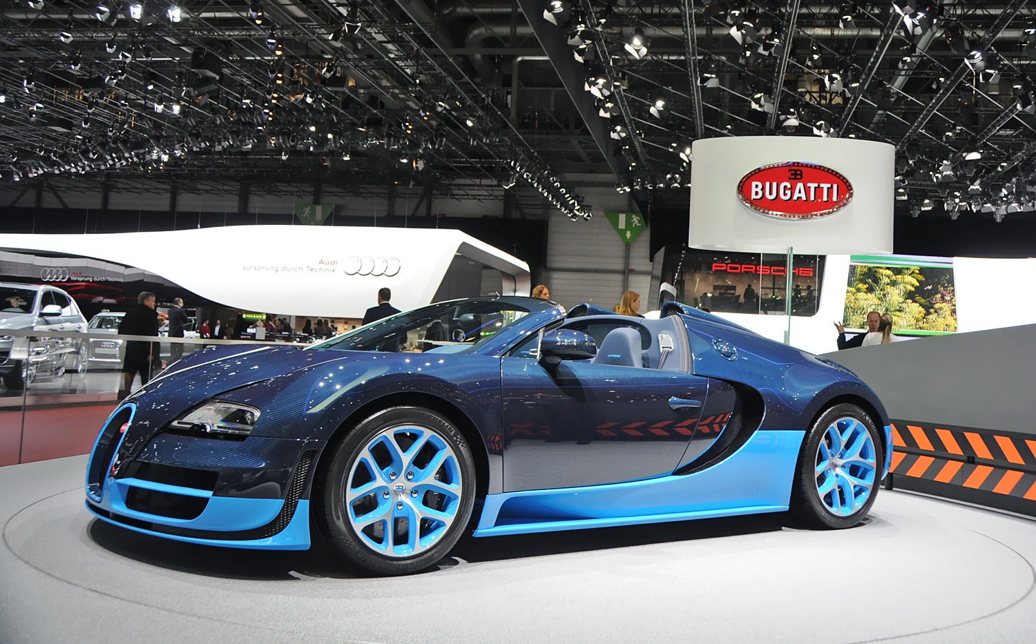 bugatti veyron grand sport vitesse startup bugatti veyron grand sport vitesse start up. Black Bedroom Furniture Sets. Home Design Ideas